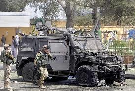 8 morti ed 8 feriti per attentati a Mogadiscio. Nessun problema per il contingente italiano