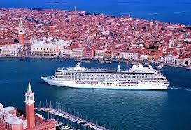 Senato: approvato divieto di transito delle navi da crociera nel canale di San Marco e Giudecca a Venezia