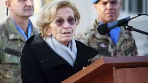 """Per i Marò Latorre e Girone niente pena di morte ma forse 10 anni di prigione. Il ministro Emma Bonino indignata: """"Contestereremo nella maniera più ferma e l'impegno per riportarli a casa è più forte che mai"""""""
