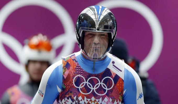 L'Italia alle Olimpiadi di Sochi, dagli sci di Christof Innerhofer arriva la prima medaglia azzurra nella discesa libera maschile. Bronzo per Zoeggeler nello slittino, 6° podio in 6 Giochi