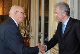 """Le anticipazioni di un libro scatenano Brunetta e i """"forzisti"""": Napolitano incontrò Monti nel giugno 2011 per eliminare Berlusconi. Il Capo dello Stato: """"Solo fumo"""""""