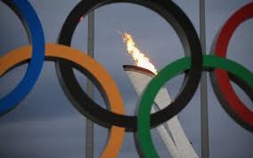 Tra polemiche e paure si aprono i XXII° Giochi Olimpici Invernali di Sochi. Il Premier Letta presente accanto ai 113 atleti italiani in gara