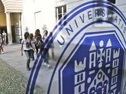 Meno studenti si iscrivono nelle Università, soprattutto i diplomati negli istituti tecnici. influisce non solo la crisi ma anche le difficoltà nel trovare lavoro