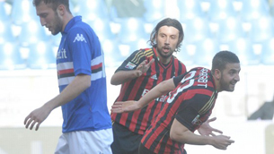 Venticinquesima di serie A avara di sorprese. Spicca solo il  2-0 del Milan a Marassi contro la Sampdoria