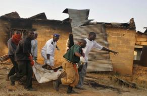Sempre più grave la situazione in Nigeria. Almeno 60 morti negli scontri tra integralisti islamici e governativi