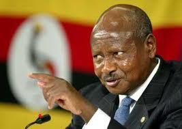 """Pena dell'ergastolo per gli omosessuali introdotta in Uganda: """"Provvediento necessario per tutelare i bambini"""""""