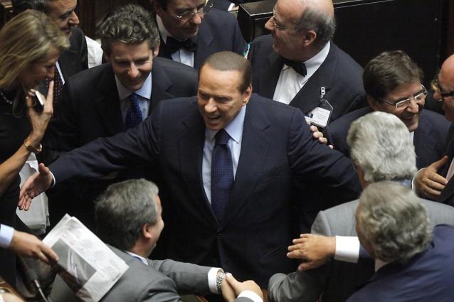 """Berlusconi ed il """"ritorno all'ovile"""" di Casini ed Alfano. Ha la """"pazza"""" idea di  votare tra un anno e, con i """"minori"""", di battere Renzi"""