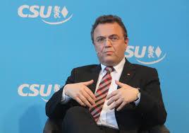 Si dimette il Ministro dell'Agricoltura tedesco per il caso di pedofilia in cui é coinvolto un ex parlamentare socialista