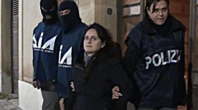Operazione antimafia contro 29 camorristi per un giro di finanza criminale di 400 milioni di Euro tra Napoli e Roma