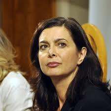Nuove minacce contro la Presidente della Camera, Laura Boldrini. Le spediscono un proiettile