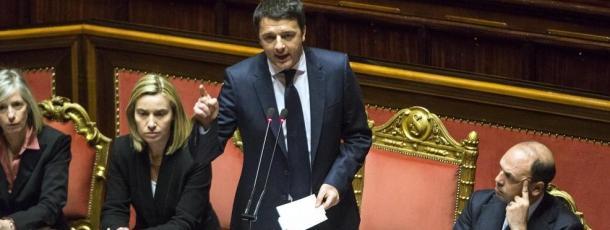 Anche la Camera vota la fiducia a Renzi con 378 si e 220 no. Applausi per Bersani e Letta