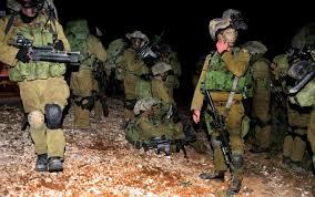 """Israele scende in """"guerra"""" contro i cellulari usati dai soldati durante il servizio o l'addestramento"""