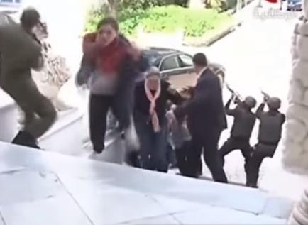 Catturato il capo della cellula jihadista che ha ucciso 21 turisti a Tunisi. Operazioni ed arresti in Italia e in Marocco