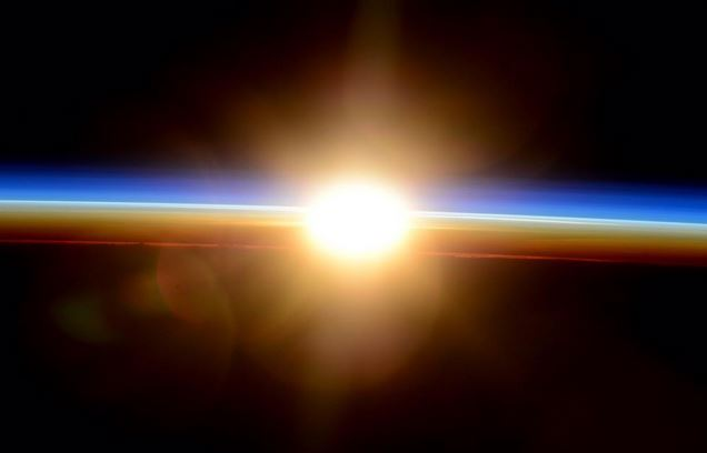 Dal cielo con un meraviglioso click arriva la Buona Pasqua dall'astronauta Terry W. Virts