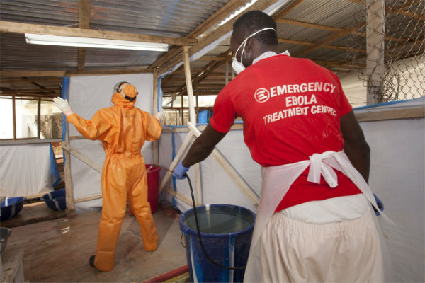 Infermiere di Emergency positivo al virus Ebola. Ricoverato a Roma