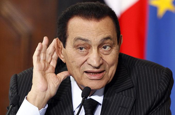 Tre anni di carcere a Mubarak. Quattro ai due figli. Reato:corruzione