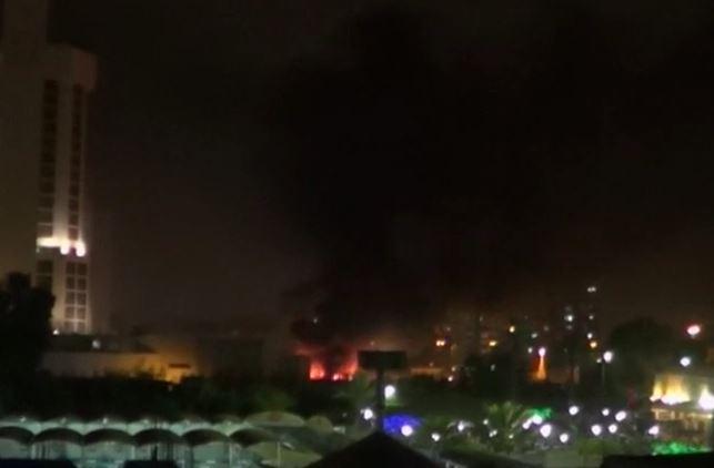 Autobombe negli alberghi internazionali di Baghdad: 10 morti e decine di feriti