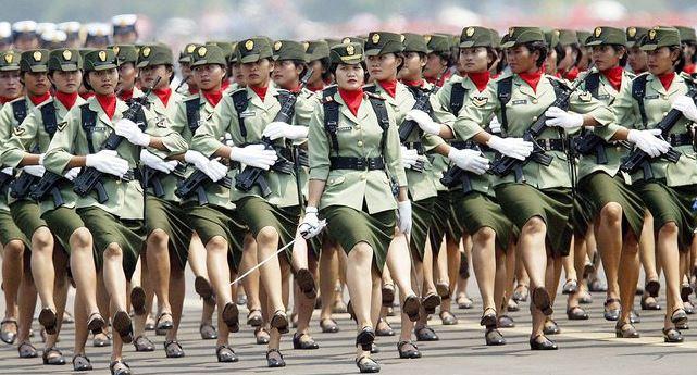 Indonesia: il test di verginità per le donne militari non si elimina
