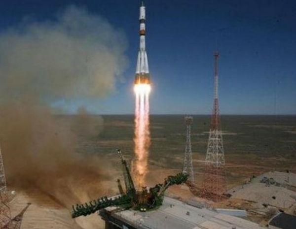 Disintegrato sul Pacifico il cargo spaziale russo finito fuori controllo