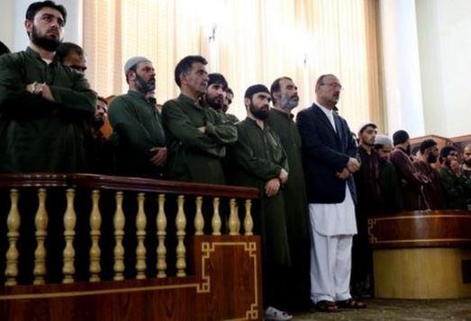 4 afghani condannati  a morte per aver ucciso una donna falsamente accusata di aver bruciato un Corano