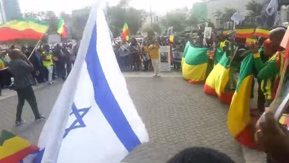 Violenti scontri di piazza a Tel Aviv tra polizia ed ebrei etiopi