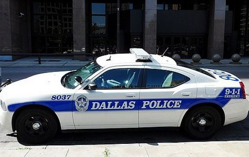 Assalto al comando della Polizia di Dallas. Dopo l'assedio trovato morto l'attentatore