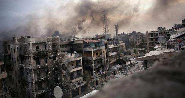 Aleppo: bombardamento dei ribelli. 43 morti, di cui 12 bambini. Vittoria curda sull'Isis