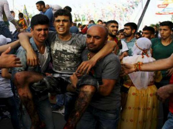 Duplice attentato a comizio partito curdo alla vigilia elezioni in Turchia