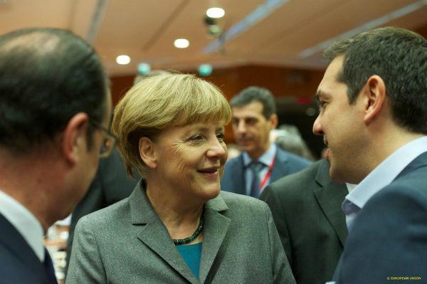 """Grecia: in attesa del referendum  la """"guerra"""" con l'Europa, mentre le borse crollano"""