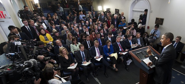 US President Barack Obama holds a press conference in the Brady Press Briefing Room at the White House in Washington, DC, December 20, 2013. AFP PHOTO / Saul LOEB        (Photo credit should read SAUL LOEB/AFP/Getty Images)