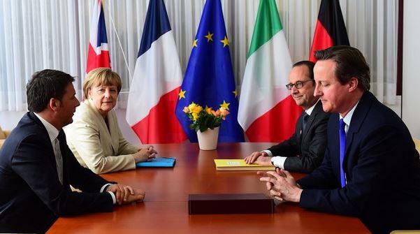 Renzi furioso. Ancora in alto mare sui migranti e crisi finanziaria greca. C'è chi prova a bloccare gli accordi