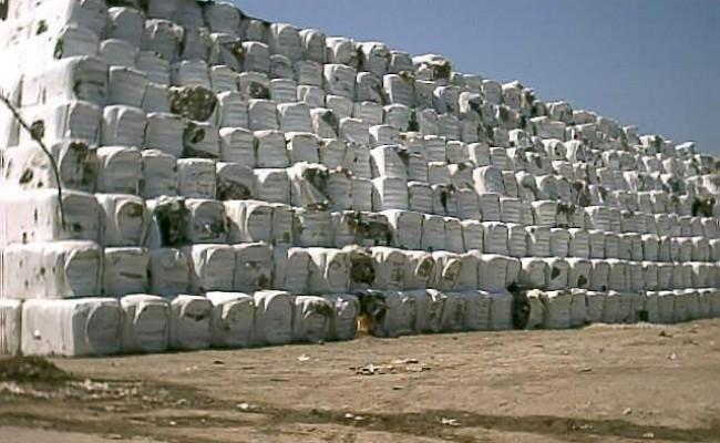 Continua il silenzio sulle multe Ue per i rifiuti. E' giusto scaricare tutto su De Luca in Campania?