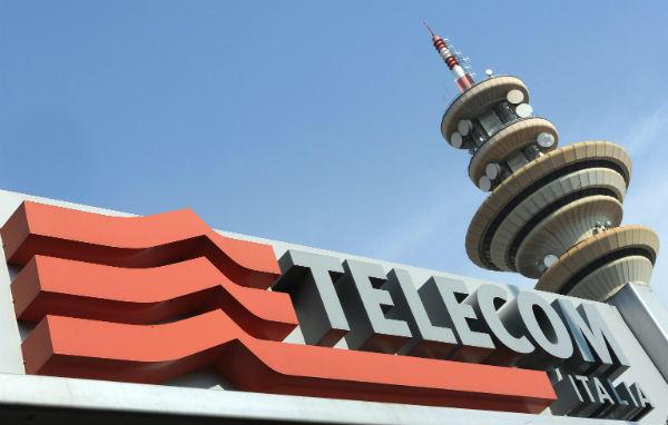 """Aumenti da agosto delle ricaricabili Telecom con il """"trucco"""" sui contratti: Agicom dice no. Clienti, ribelliamoci"""