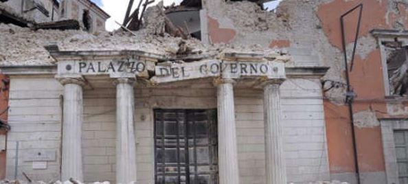 Terremoto dell'Aquila: arrestati 4 imprenditori e un politico