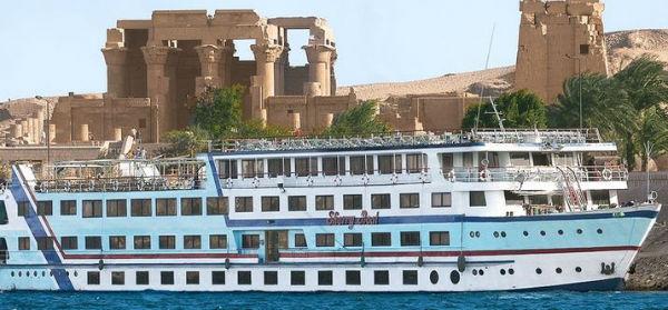 Naufragio sul Nilo 19 morti su nave affittata per una festa