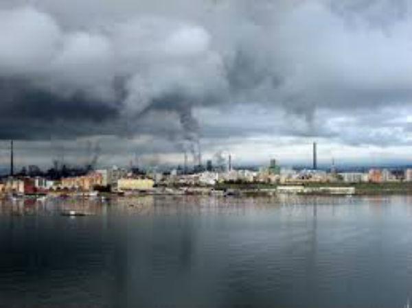 Braccio di ferro su Ilva Taranto. Giudice rimanda alla Corte Costituzionale recente decreto del Governo