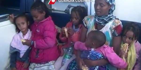 Bambina migrante muore sul gommone perché le buttano in mare l'insulina