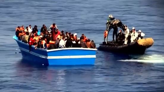 13 migranti morti recuperati nel Canale di Sicilia su un barcone carico di 500 profughi