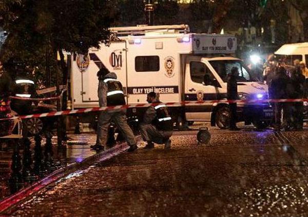 Istanbul: attentato a stazione di polizia. Sparatoria contro consolato Usa. 10 feriti