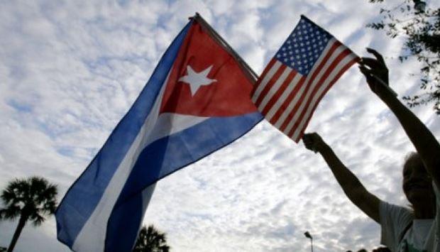 Cuba: torna a sventolare dopo 54 anni la bandiera Usa sull'ambasciata riaperta
