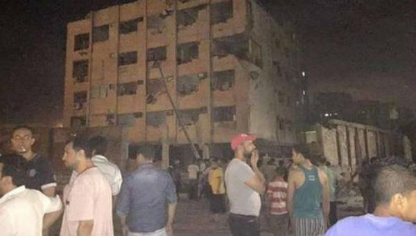 Egitto: autobomba distrugge sede dei servizi di sicurezza al Cairo. Evitata la strage per miracolo