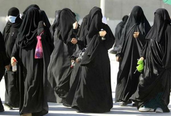 Arabia Saudita: per la prima volta le donne possono votare e candidarsi alle elezioni comunali