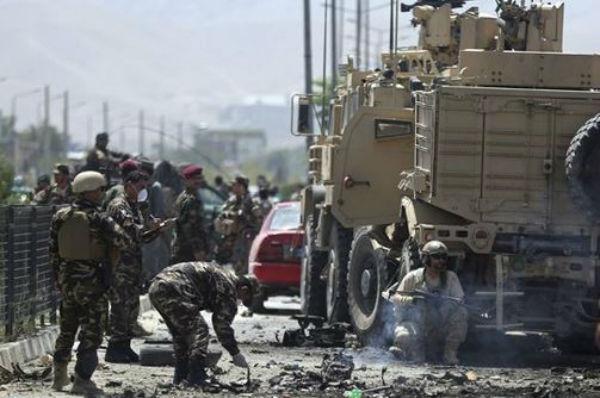 Afghanistan: attentato contro Nato a Kabul. 12 morti. Colpito ospedale privato
