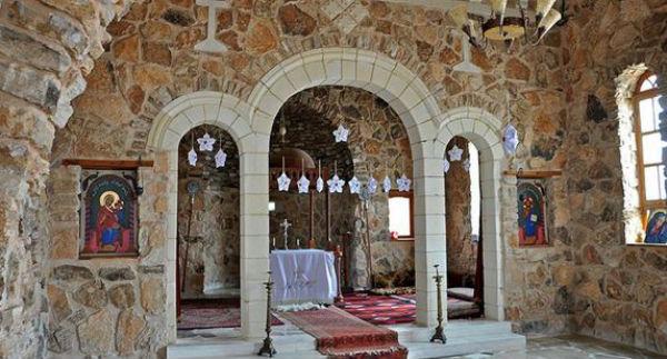 Siria: Isis distrugge antico monastero e trasferisce oltre 200 cristiani rapiti. Si teme per le loro vite