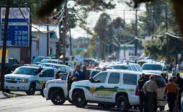 Usa: travestito da Rambo prima uccide una donna, poi nel corso di una sparatoria uccide un uomo