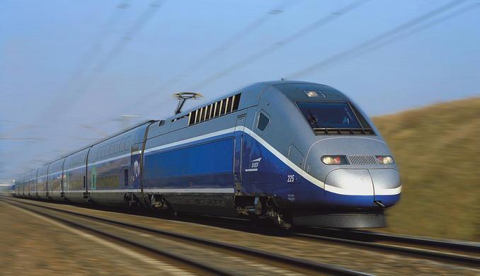 Francia: sparatoria su treno Amsterdam- Parigi. Tre feriti. Passeggeri bloccano sparatore