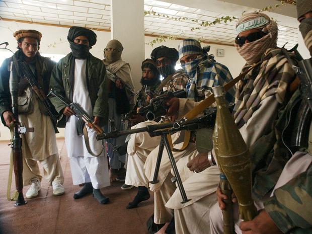 Afghanistan: talebani assaltano carcere. 7 morti e 350 prigionieri liberati