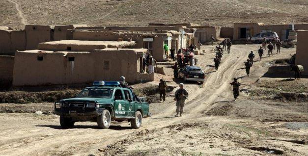 Afghanistan: attacco talebano ad un posto di blocco. 6 soldati di Kabul uccisi