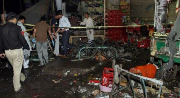 Pakistan: bomba fa strage in una stazione degli autobus