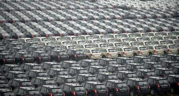 Dopo Volkswagen, nuovo scandalo nel mondo dell'auto: nascosto dossier sul confronto della sicurezza tra le automobili Usa e quelle europee